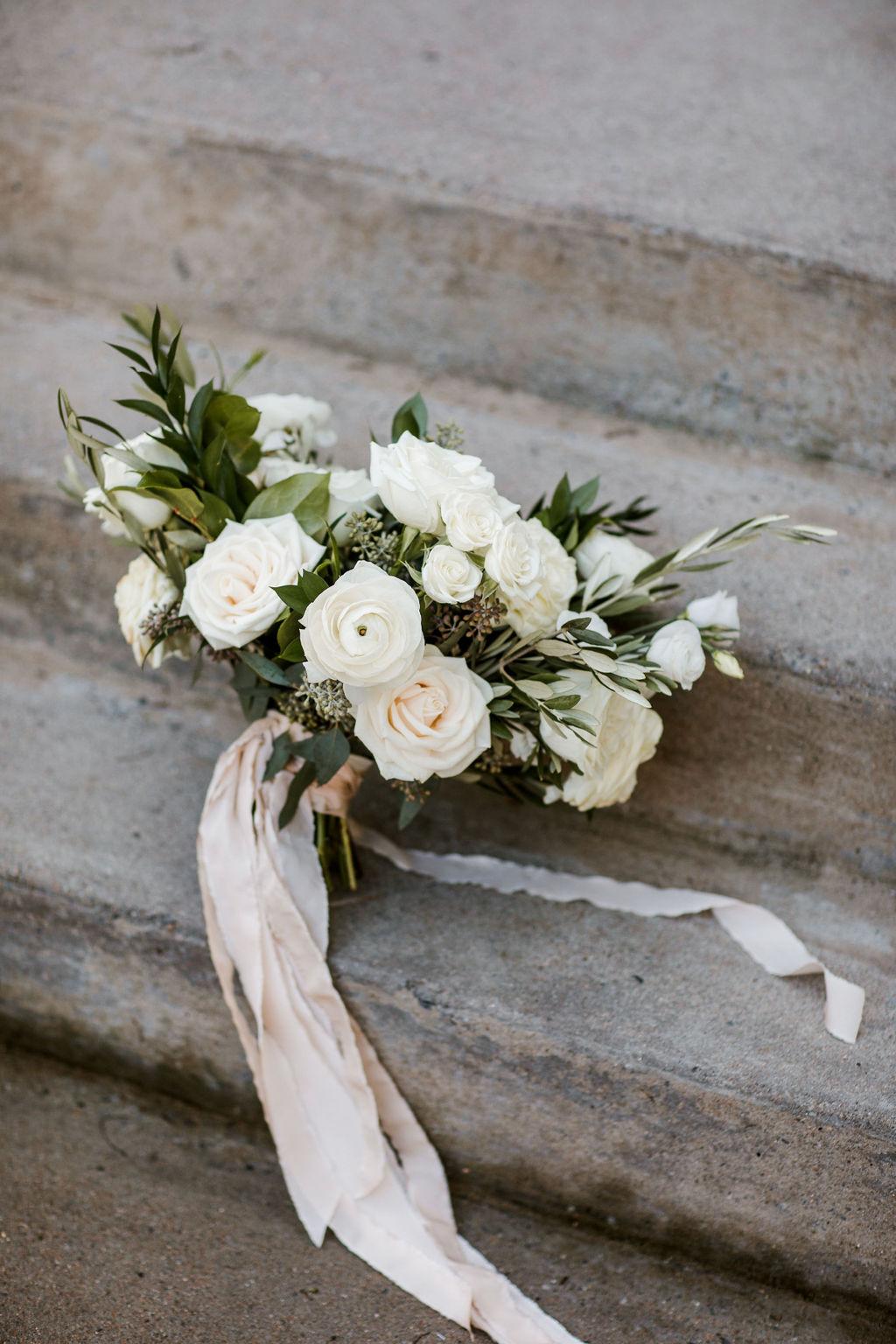 Wildflowers LLC wedding bouquet | Nashville Bride Guide