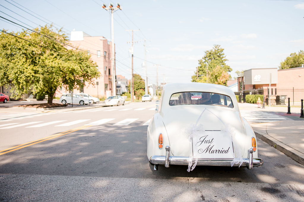 Matchless Transportation | Nashville Bride Guide