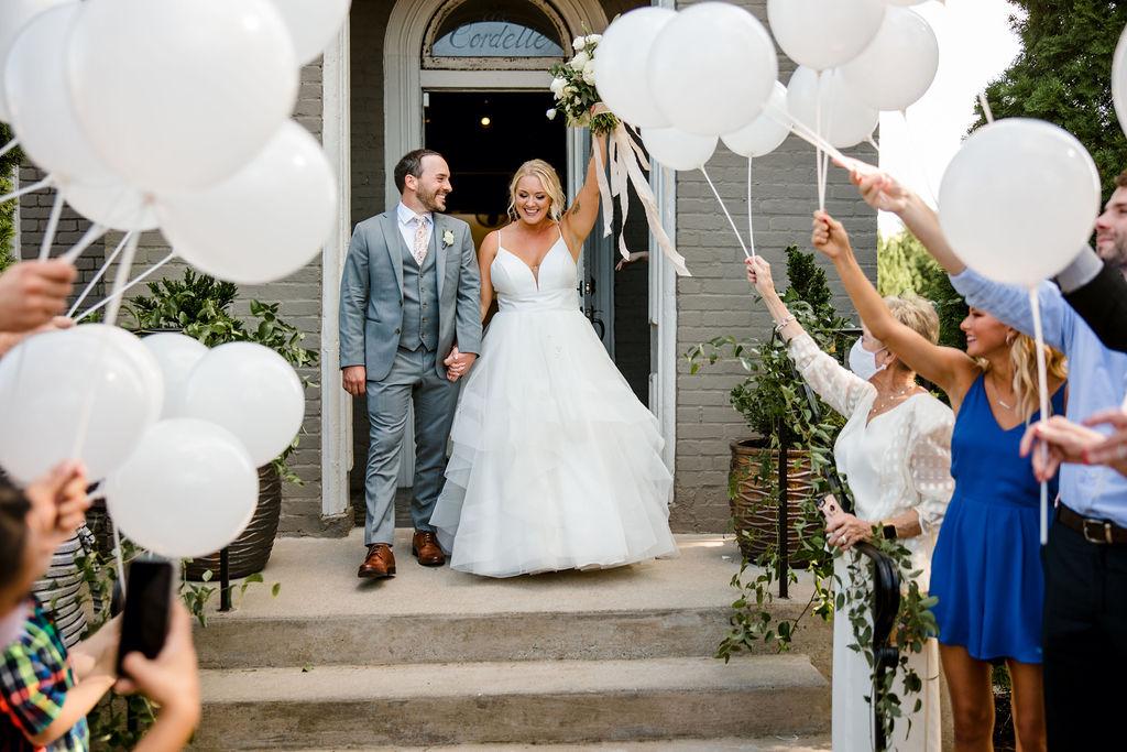 Balloon wedding exit | Nashville Bride Guide