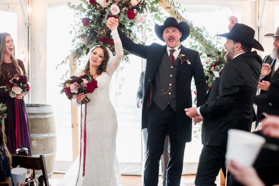 Arrington Vineyards wedding ceremony