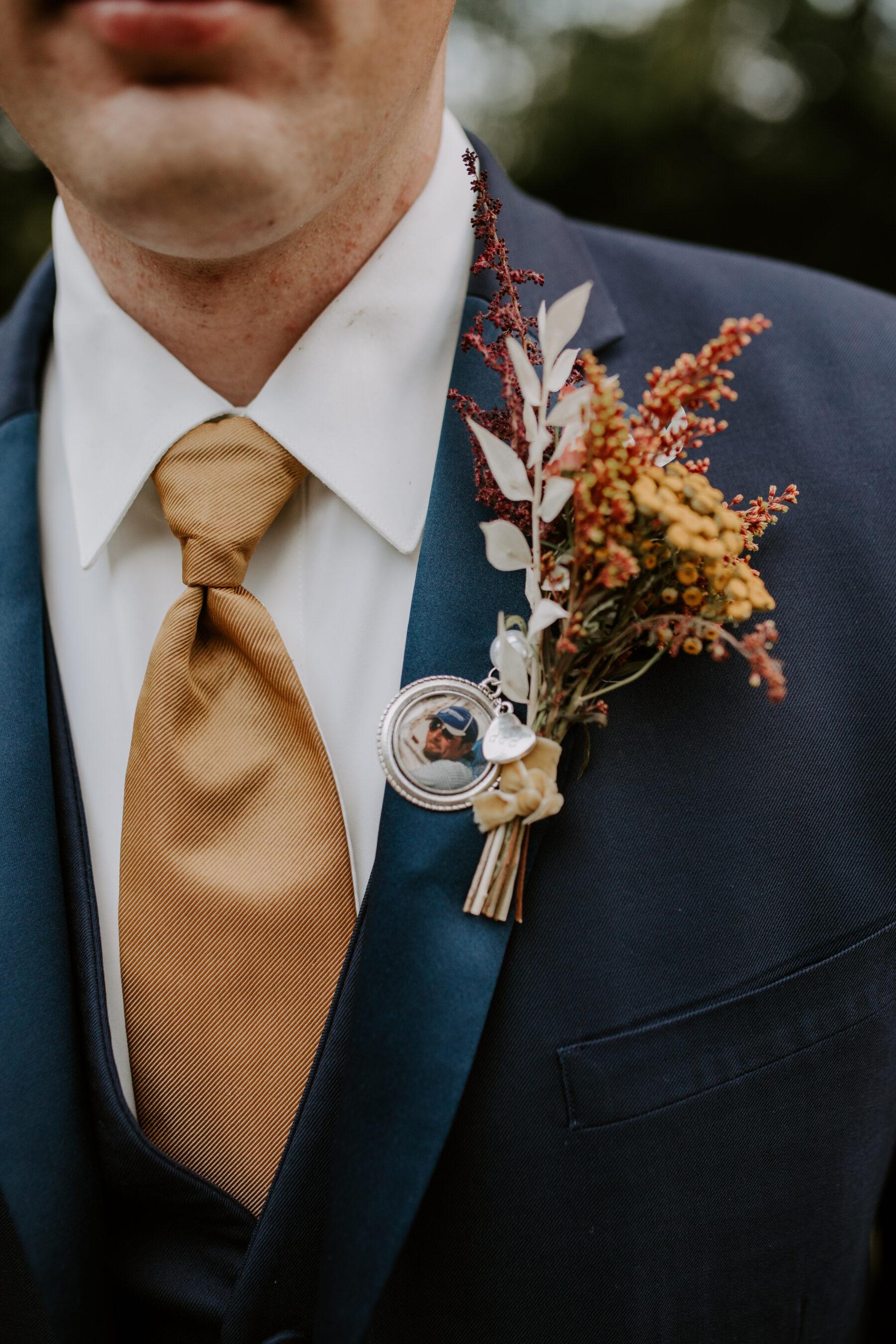 Bohemian wedding boutonniere