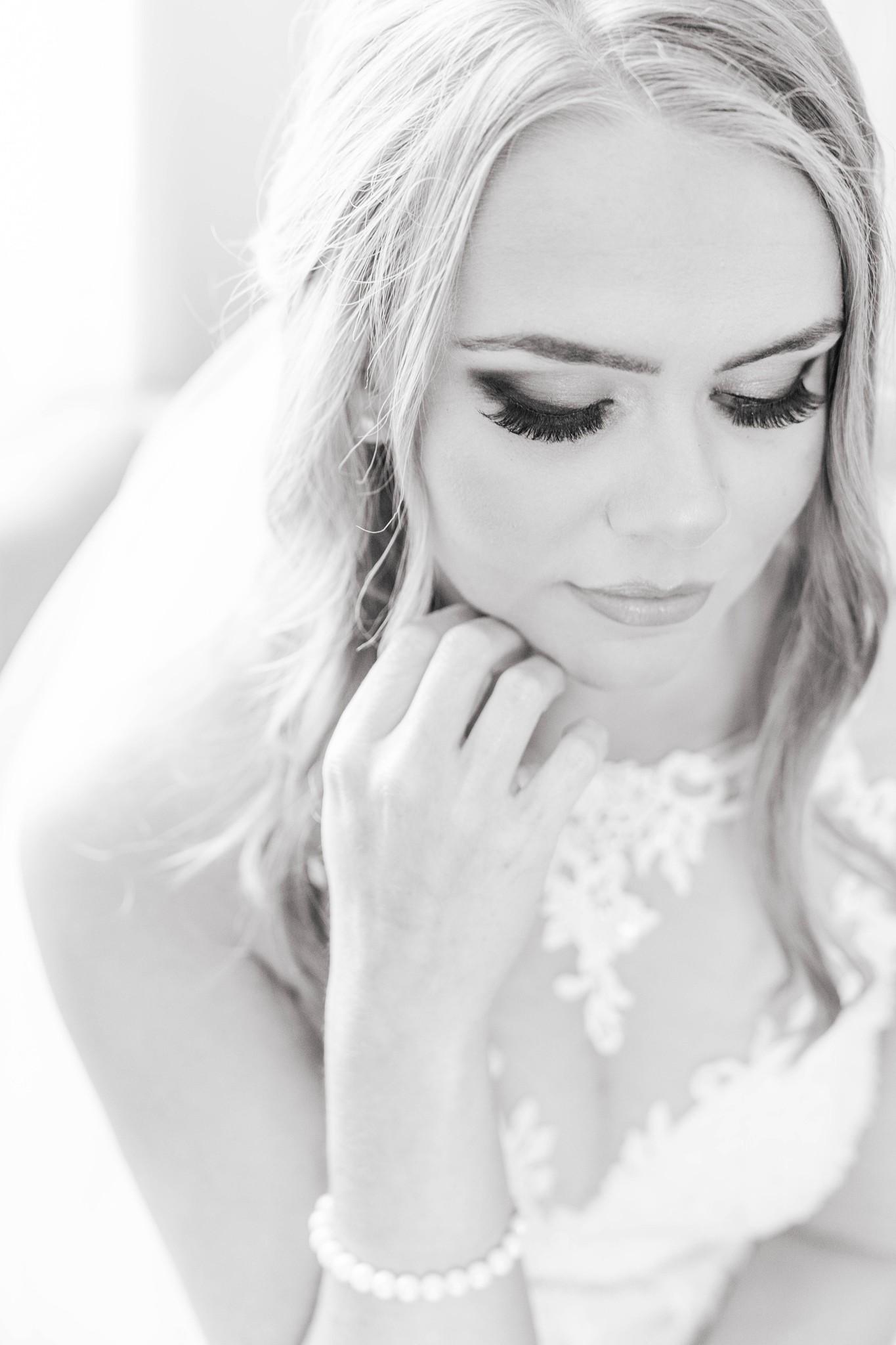 Black and white wedding portrait AH Studio KY Wedding Photography