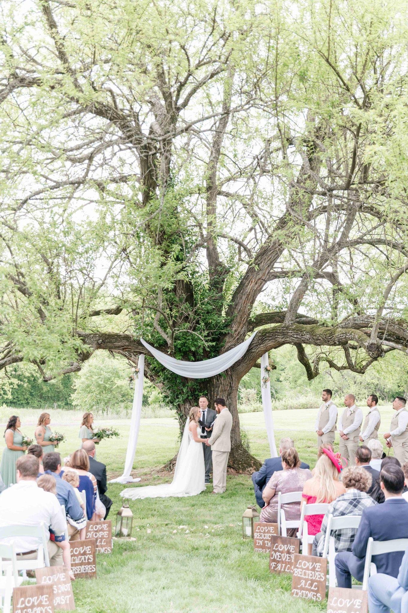 Briar Rose Hill wedding ceremony