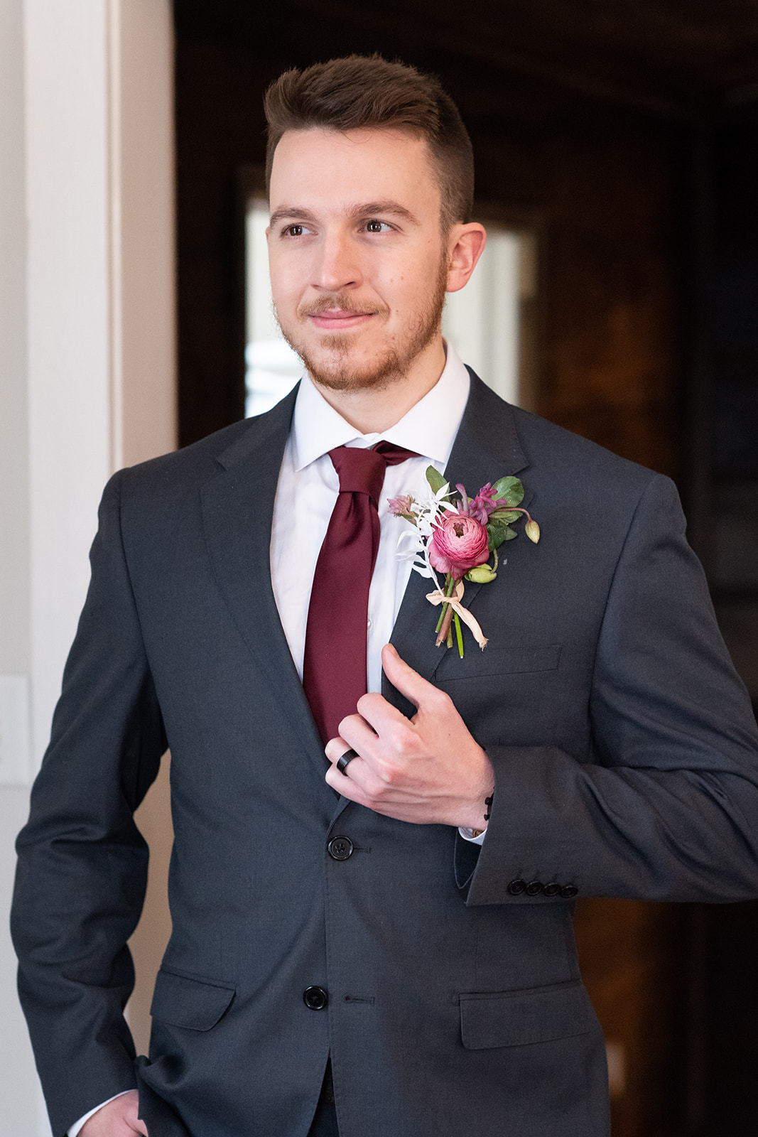 Petals & Stem wedding boutonniere