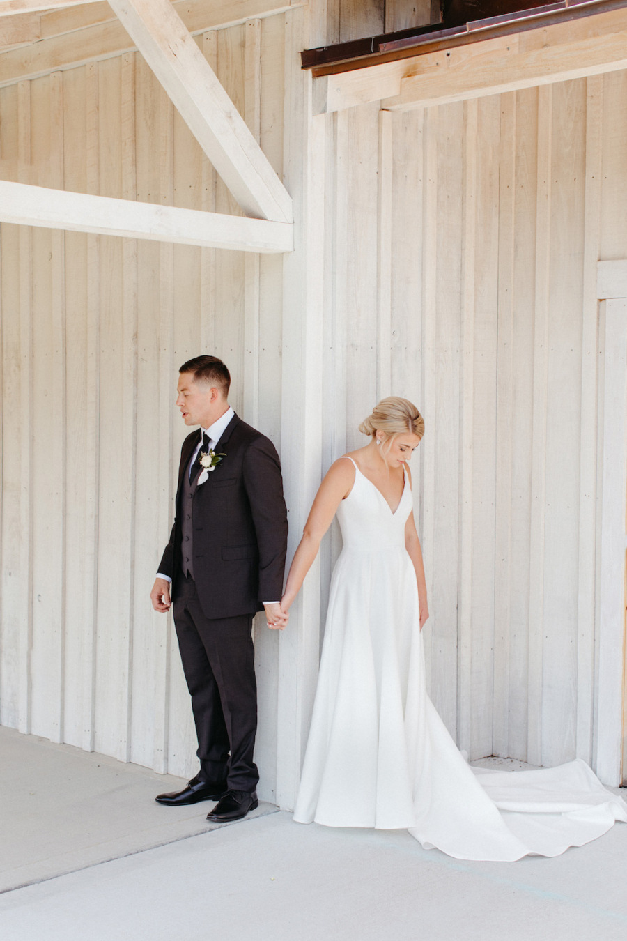 First touch wedding day photography